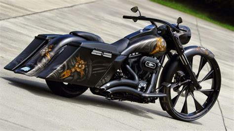Harley Davidson Road King Special 4k Wallpapers by Harley Davidson Bagger Free Hd Wallpapers And 4k Wallpapers