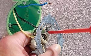 Steckdose Mit Sicherung : steckdose austauschen elektroinstallation ~ Kayakingforconservation.com Haus und Dekorationen