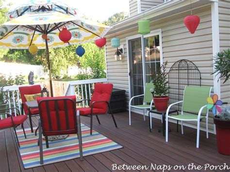 decorate your deck for summer and cookouts
