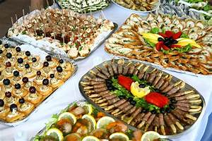 Holiday Ideas: Party Ideas: Arranging the Foods
