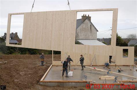 maison en panneaux de bois 29 maison en panneaux klh bois en panneau massif contrecoll 233 maisoneco construction maison