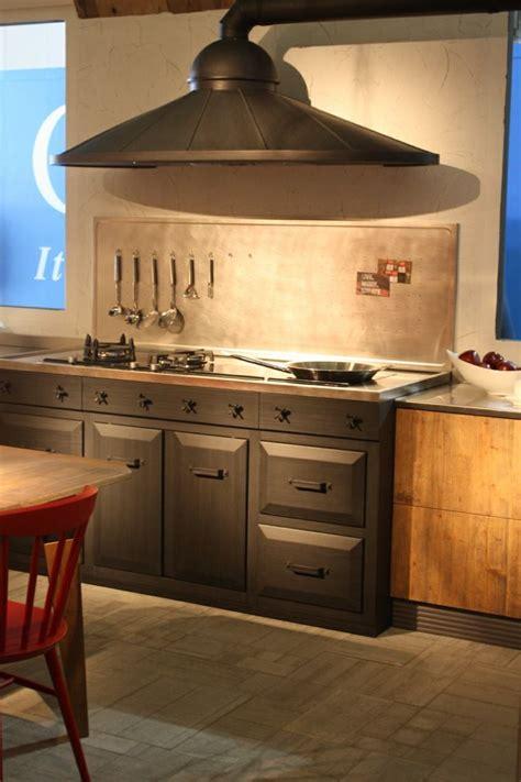marchi cuisine hottes de cuisine design une sélection du salon eurocucina