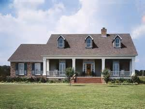 3 bedroom country house plans eplans low country house plan of a colonial