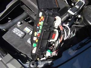 2007 Dodge Caliber Fuse Box Location