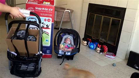 Baby Trend Snap N Go Ex Universal Car Seat Carrier Review