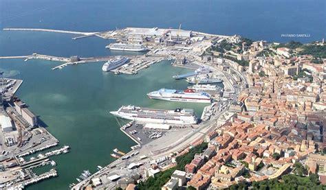 Di Ancona Porto Di Ancona Progetto Newbrain Per Sviluppare L