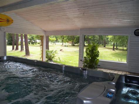 location chambre contre service maison avec piscine interieure privée 29 37