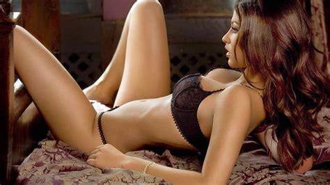 Nude Sexy Teen Female Celebrities Hot Girls Wallpaper