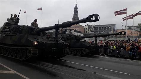 18.novembris 2019.g Rīgas militārā parāde - YouTube