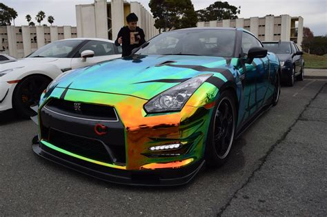 Gtr Chrome by Car Collection Nissan Quot Godzilla Quot Gtr R35 Colored