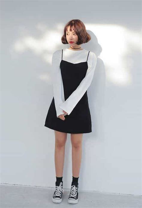 Korean outfit ideas uploaded by Naomi on We Heart It