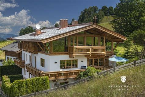 Haus Kaufen Schweizer Alpen by Chalet Kirchberg Bei Kitzb 252 Hel H 252 Ttenurlaub In