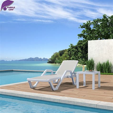 chaise longue de plage purple leaf plastic sun lounger folding chair