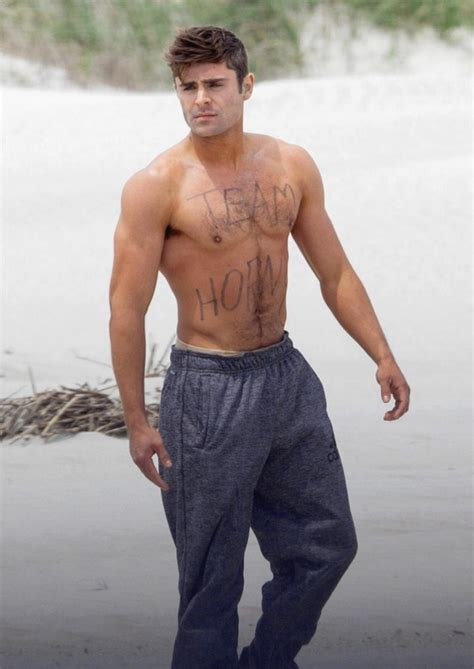 foto de All Natural & More: Zac Efron TeamPic of the Day