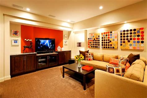 top   wall accents   shaped room