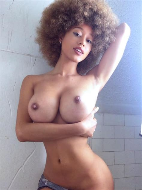 Stormi Maya Topless Xxx Photo