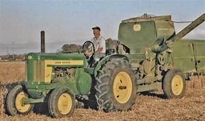 John Deere 620 Standard Makes Harvesting A Joy