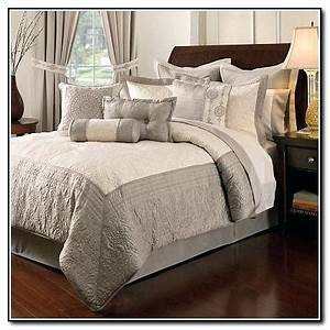 King bedding sets paris bedding set bed bath and beyond for Bed bath and beyond king size sheets