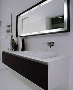 Mirroir Salle De Bain : comment choisir un miroir de salle de bain meuble et ~ Dode.kayakingforconservation.com Idées de Décoration