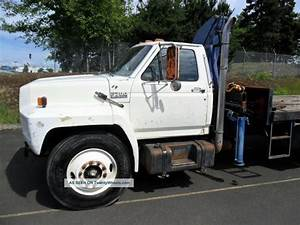 1988 F700 Ford Truck