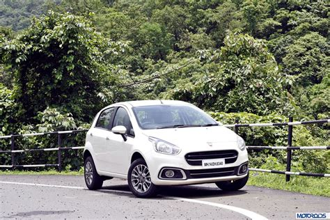 2014 Punto Evo India Review (6