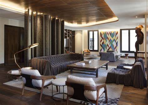 Wood in interior design: Afro contemporary apartment by
