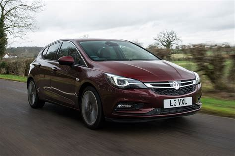 New engines bolster Vauxhall Astra range   Carbuyer