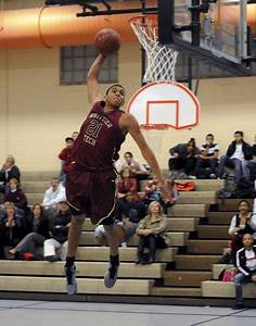 Basketball Beat: Reyes a human highlight film for Division ...