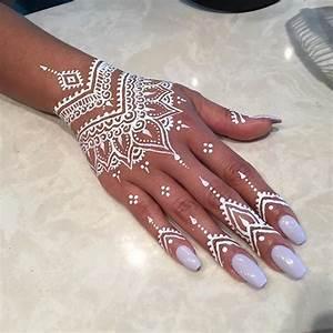 Henna Farbe Selber Machen : henna muster google suche henna tattoo henna henna tattoo vorlagen und tattoo ideen ~ Frokenaadalensverden.com Haus und Dekorationen