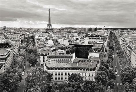 papier peint trompe l oeil cuisine noir et blanc photo de la tour eiffel en poster