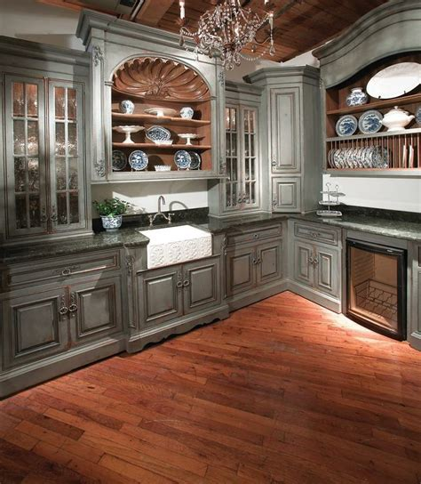 country kitchen pantry 33 best images about a country kitchen tres chic 2854