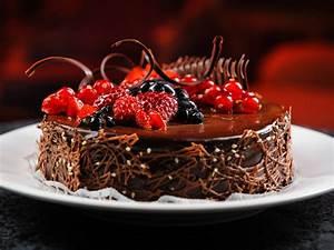 Chocolate Birthday Cake Wallpaper - Happy Birthday Cake Images
