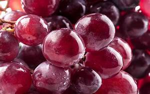 Ripe & shiny grapes HD wallpaper | HD Latest Wallpapers