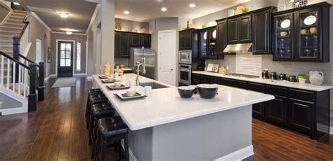6 Gorgeous Open Floor Plan Homes Room & Bath