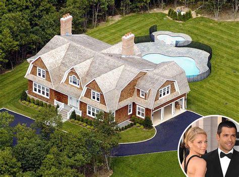 Kelly Ripa & Mark Consuelos From Celebrity Homes In The