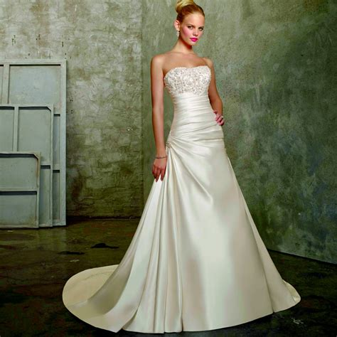 cheap  size wedding dress  beaded strapless bodice