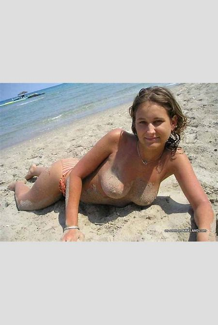 Topless Hottie on the Beach