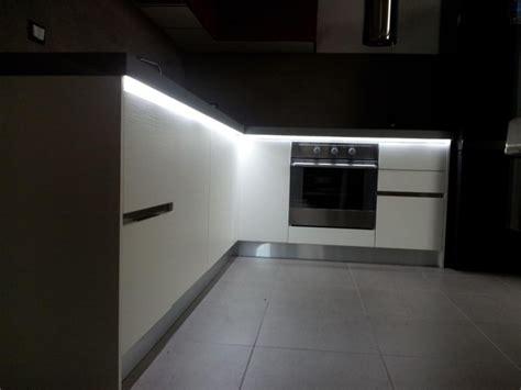 re led cuisine spartaco ruban led cuisine lumenled