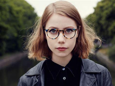 lunette de vue tendance lunette de vue femme tendance 2018 afflelou les baux de provence