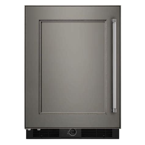Kitchenaid Beverage Fridge by Kitchenaid 24 In W 4 9 Cu Ft Undercounter Refrigerator