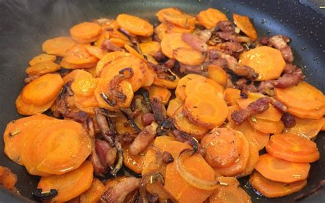 cuisiner des carottes en rondelles recette poêlée de carottes pas chère et simple gt cuisine