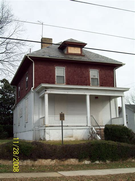 Dr. Robert Walter Johnson House and Tennis Court - Wikipedia