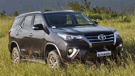 Review Toyota Fortuner by Review New Toyota Fortuner Toyota Topgear Magazine
