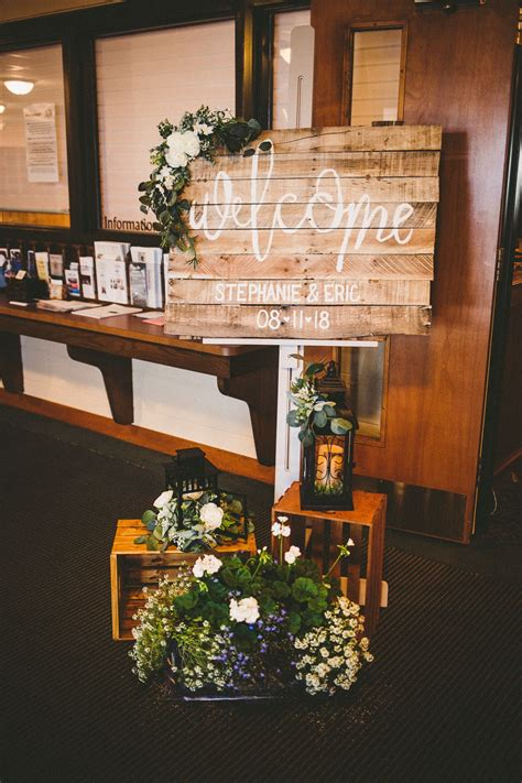 Rustic Wedding Welcome Sign For Ceremony Wedding On A
