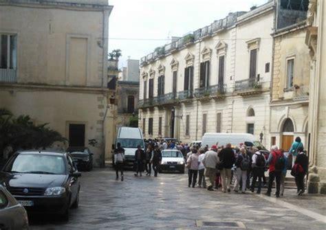 Ufficio Anagrafe Lecce by Carte Identit 224 In Bianco Rubate A Lecce Puglia Ansa It