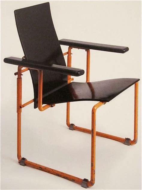 chaise zig zag 194 best quot gerrit rietveld quot quot chaise zig zag quot images