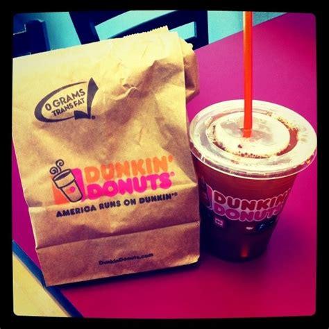 Unsere qualität macht den köstlichen unterschied. Oh Dunkin Donuts blueberry bagels and blueberry iced coffee... I miss you!   Blueberry iced ...