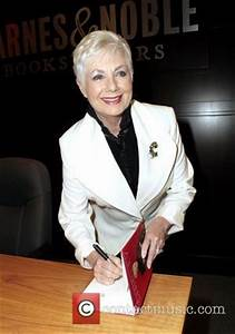 Shirley Jones Pictures | Photo Gallery | Contactmusic.com