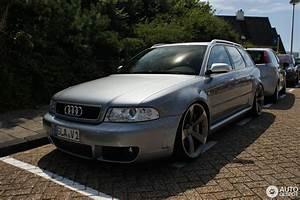 Audi Rs4 B5 Occasion : audi rs4 avant b5 4 august 2013 autogespot ~ Medecine-chirurgie-esthetiques.com Avis de Voitures