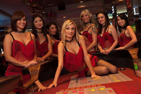 las vegas table games las vegas casinos 10best casino reviews the d las vegas